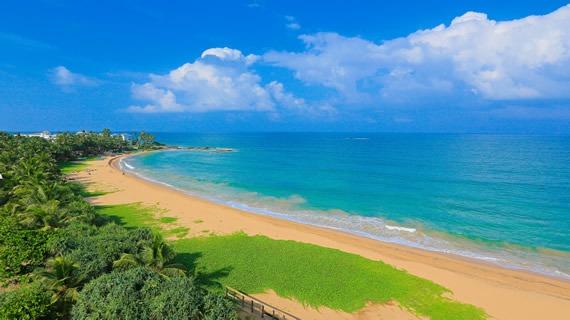 beach-bath-sri-lanka