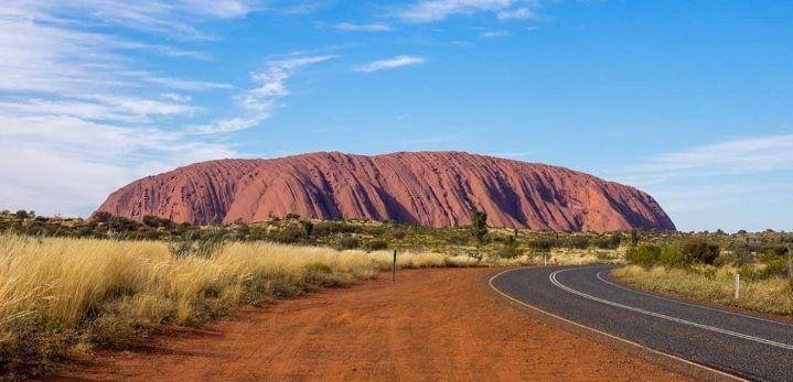 Uluru-Desert Rock 011
